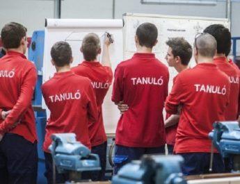 Februárban már az új rendszer szerint működő szakképzésbe jelentkeznek a tanulók