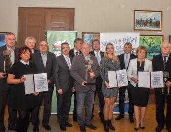Vállalkozókat díjaztak és bemutatták a TOP 50 kiadványt Nógrád megyében